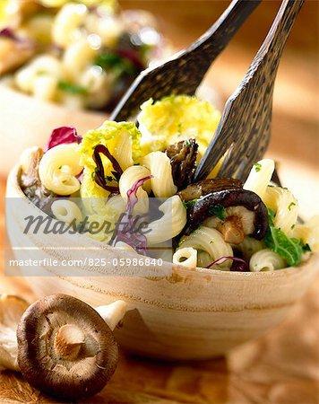 Cavatappi with cabbage and mushrooms