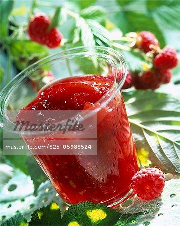 Pot of peach and raspberry jam