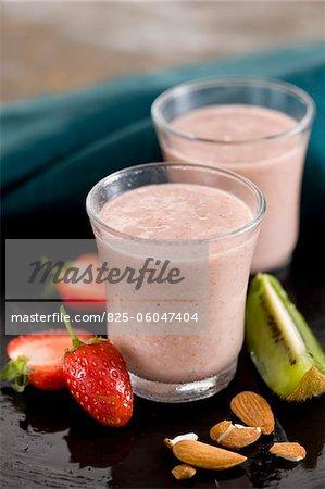 Strawberry,kiwi,almond and soya milkshake