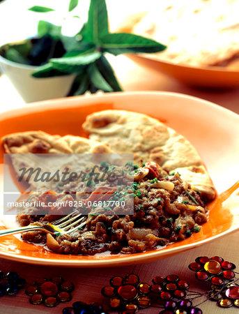 Green lentil Dal and nan