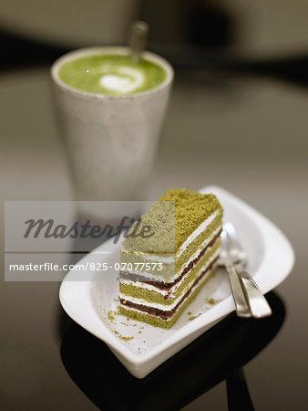 Macha latte and a slice of green tea cake