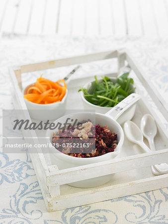 Cabbage and beetroot sauerkraut