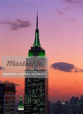 The Empire State Building illuminated at dusk, Manhattan, New York City, United States of America, North America