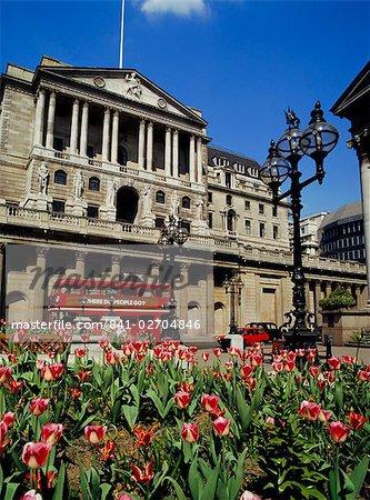 The Bank of England, Threadneedle Street, City of London, England, UK