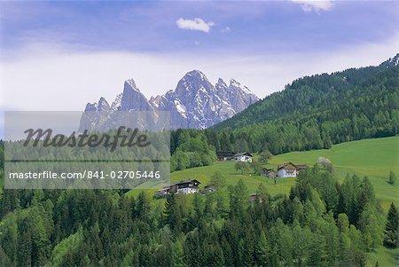 The Olde Geisler mountain group, Dolomites, Trentinto Alto Adige, Italy, Europe