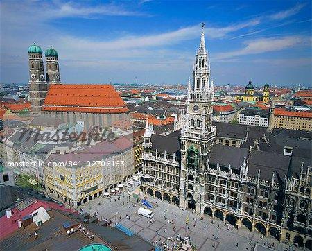 The Town Hall in Marienplatz, Munich, Bavaria, Germany, Europe