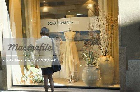 Window shopping, Dolce & Gabbana, Via della Spiga, fashion quarter, Milan, Lombardy, Italy, Europe