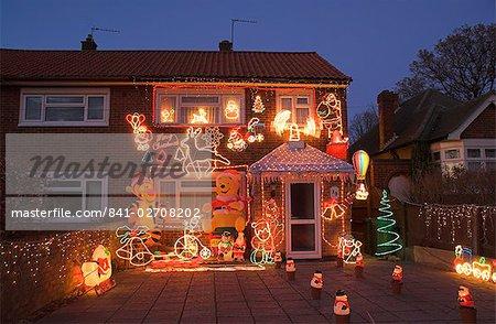 England Christmas Decorations.841 02708202