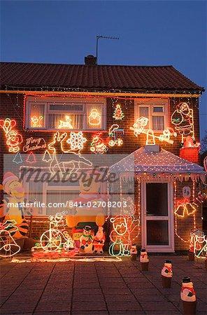 England Christmas Decorations.841 02708203