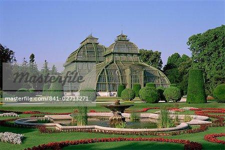 Palm House, Schonbrunn Gardens, UNESCO World Heritage Site, Vienna, Austria, Europe