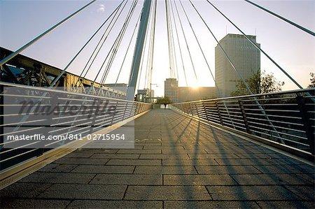 Millennium Bridge, River Thames, London, England, United Kingdom, Europe