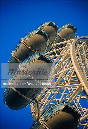 The London Eye (Millennium Wheel), River Thames, London, England, United Kingdom, Europe