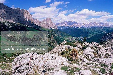Valley east of Gardena Pass, Dolomites mountains, Alto Adige, Italy, Europe