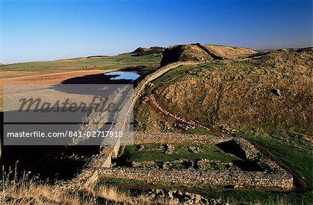 Milecastle 39 to Highsheild, Roman Wall, Hadrian's Wall, UNESCO World Heritage Site, Northumberland (Northumbria), England, United Kingdom, Europe