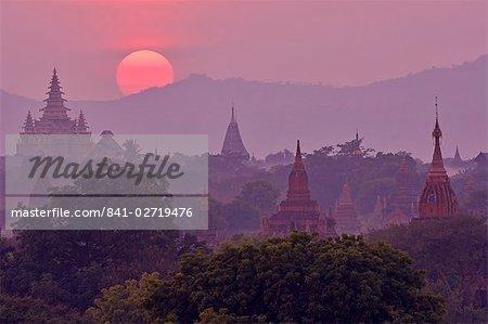 Sunset, Bagan (Pagan), Myanmar (Burma), Asia