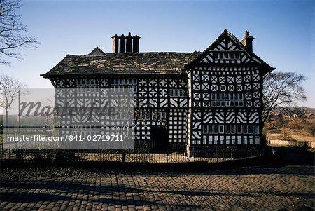 Late 15th century building, Hall-I-Th' Wood, Lancashire, England, United Kingdom, Europe