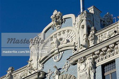 Art Nouveau architecture, 10b Elizabetes iela, designed by Mikhail Eisenstein, Riga, Latvia, Baltic States, Europe
