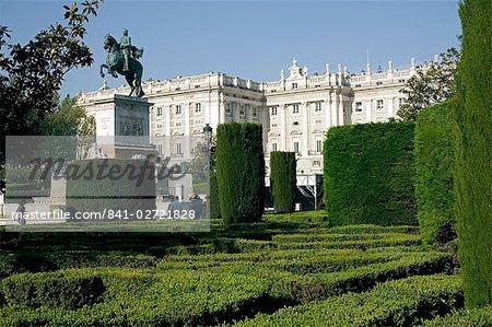 Royal Palace, Plaza de Oriente, Madrid, Spain, Europe