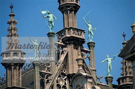 Maison du Roi with sculptures, Grand Place, UNESCO World Heritage Site, Brussels, Belgium, Europe