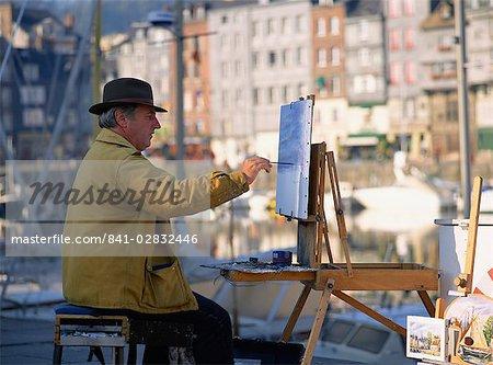 Artist by Old Harbour, Honfleur, Basse Normandie, France, Europe