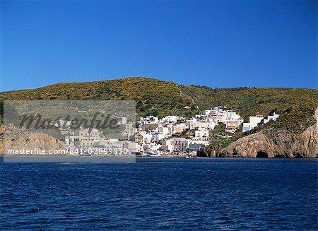 View of the island of Ponza, Italy, Tyrrhenian Sea, Mediterranean, Europe