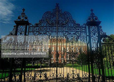 Kensington Palace through front gate, London, England, United Kingdom, Europe