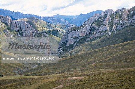Landscape east of Qamdo, Tibet, China, Asia