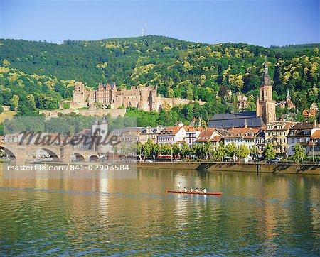 The castle, Neckar River and Alte bridge, Heidelberg, Baden-Wurttemberg, Germany, Europe