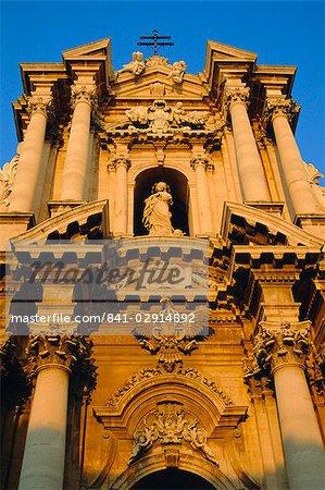 Syracuse Cathedral, Syracuse, Sicily, Italy, Europe