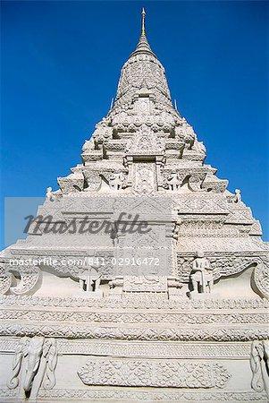 Royal stupa, Royal Palace, Phnom Penh, Cambodia, Indochina, Southeast Asia, Asia