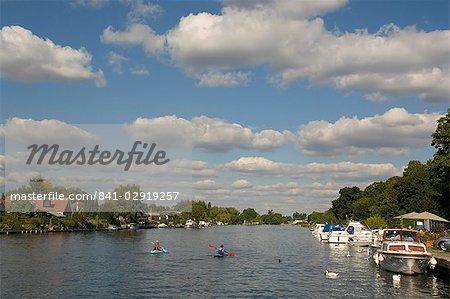 Sunbury on Thames, Surrey, England, United Kingdom, Europe