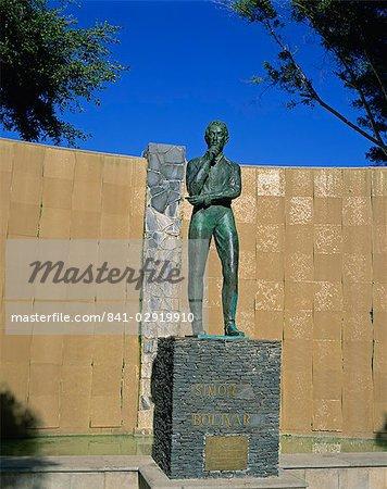 Statue of Simon Bolivar, liberator of much of South America, Garachico, Tenerife, Canary Islands, Spain, Europe