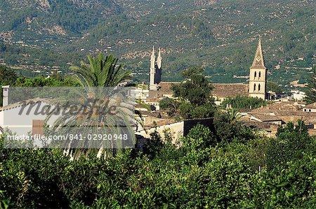 View to church, Soller, Majorca, Balearic Islands, Spain, Europe
