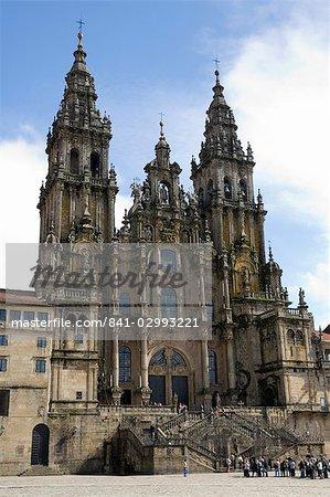Santiago Cathedral on the Plaza do Obradoiro, UNESCO World Heritage Site, Santiago de Compostela, Galicia, Spain