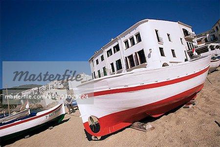 Fishing boat on the beach, Calella de Palafrugell, Costa Brava, Catalonia, Spain, Europe