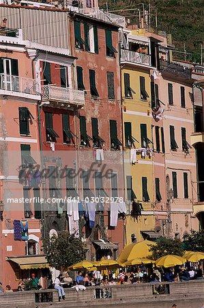 Village of Vernazza, Cinque Terre, UNESCO World Heritage Site, Liguria, Italy, Europe