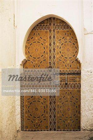 Door in the Medina, Fes el Bali, Fez, Morocco, North Africa, Africa