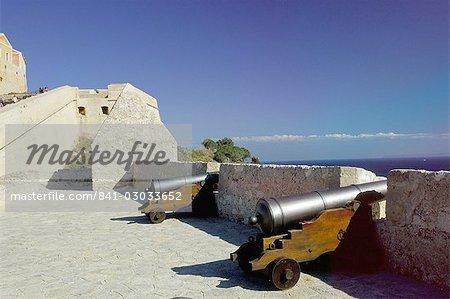 Cannons on Ibiza old centre (Alta Vila) (Dalt Vila) (Upper Town), Ibiza Town, Ibiza, Balearic Islands, Spain, Mediterranean, Europe
