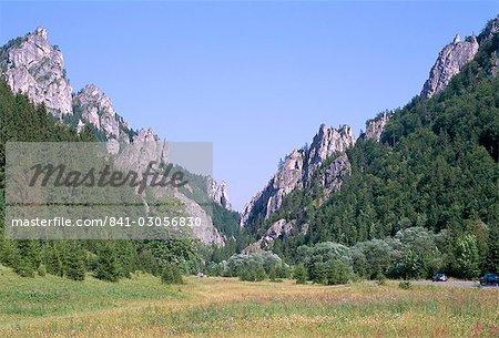 Tiesnavy Pass with scenic rocky ridges, entrance to Vratna Dolina (Valley), the heart of hiking and skiing in Mala Fatra mountains, Mala Fatra Mountains, Slovakia, Europe