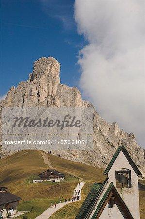 Passo Giau, Mount Averau, 2648m, Dolomites, Italy, Europe