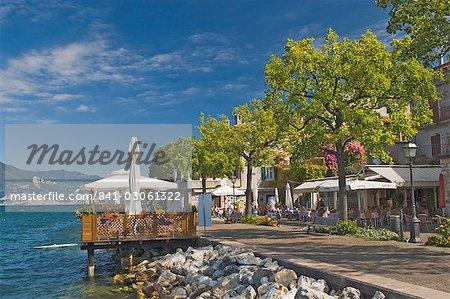 Promenade cafes, Torre del Benaco, Lake Garda, Veneto, Italy, Europe