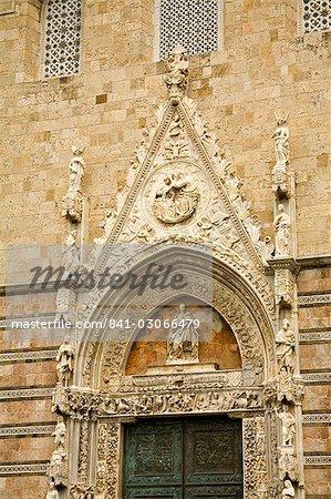 Ornate detail of Duomo doorway, Messina, Sicily, Italy, Europe