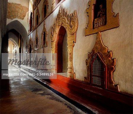 Ananda Temple, Bagan (Pagan), Myanmar (Burma), Asia