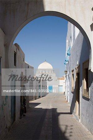 Street in the Medina, Kairouan, Tunisia, North Africa, Africa