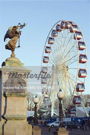 Winter Wonderland Big Wheel, and statue on Boer War memorial, Civic Centre, Cardiff, Wales, United Kingdom, Europe