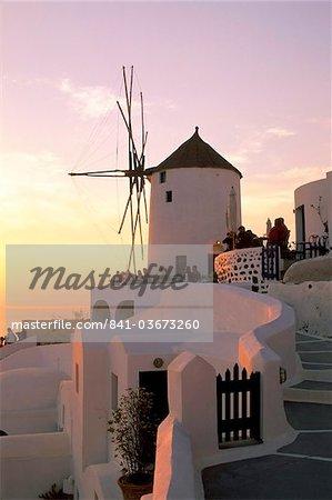 Oia (Ia), island of Santorini (Thira), Cyclades Islands, Aegean, Greek Islands, Greece, Europe