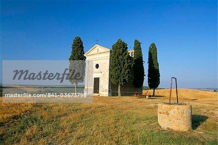 Vitaleta chapel near Pienza, Val d'Orcia, Siena province, Tuscany, Italy, Europe
