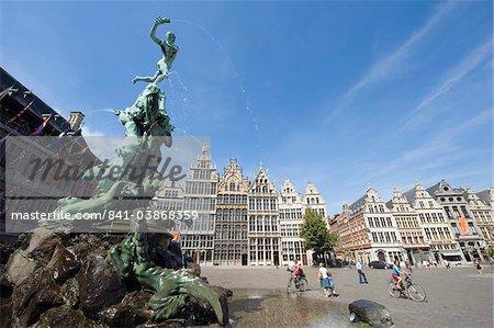 Baroque Brabo fountain dating from 1887, by Jef Lambeaux, in Grote Markt, Antwerp, Flanders, Belgium, Europe