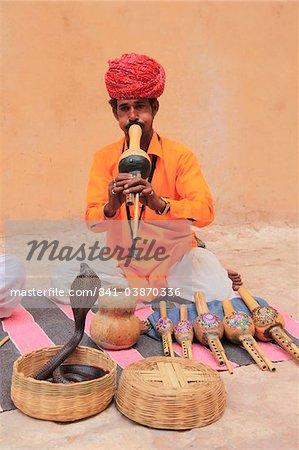 Snake charmer, Rajasthan, India, Asia