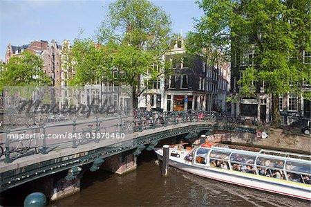 Cruise boat, Herengracht, Amsterdam, Netherlands, Europe